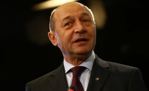 Scandal TOTAL în plenul Senatului! Dialog tensionat între Băsescu și Tăriceanu: 'Nu mai suntem suverani de când am intrat în UE'
