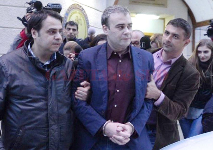 Vâlcov scapă de control judiciar pentru că pleacă cu Dăncilă într-o deplasare
