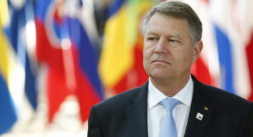 Iohannis, ATAC La PSD: NU Cumva A Fost O Diversiune În Piaţa Victoriei?
