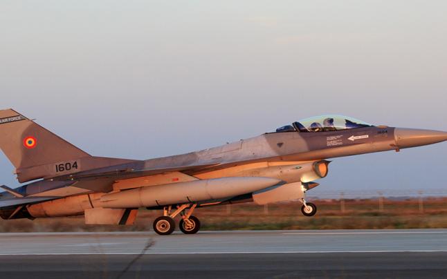 Avioane de luptă F-16 româneşti vor participa în Ucraina la un amplu exercițiu aerian