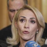 Firea dezvăluie ce promisiuni le fac Dragnea și Codrin Ștefănescu consilierilor care o trădează