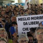 Italia: Manifestaţii împotriva paşaportului sanitar anti-Covid-19