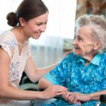 Efectele Brexit. Sectorul îngrijirii vârstnicilor trece prin cea mai gravă criză de personal înregistrată vreodată în Marea Britanie